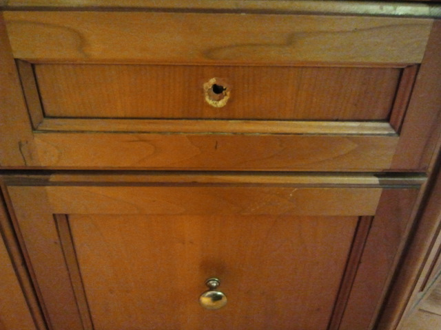 How To Repair Kitchen Drawer Front In Astetically Appealing ...