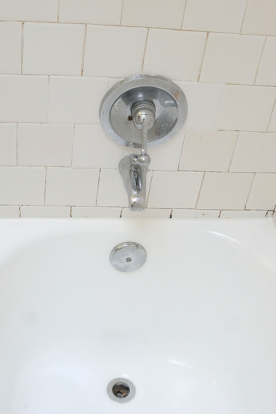 Replace this ugly tile: do-able, or too risky?-20150530-after-refinishing-3.jpg