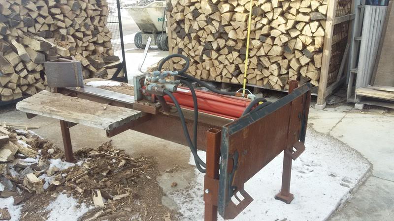 Ayuh, My lazy man's wood splitter,...-20160212_155542-1-.jpg
