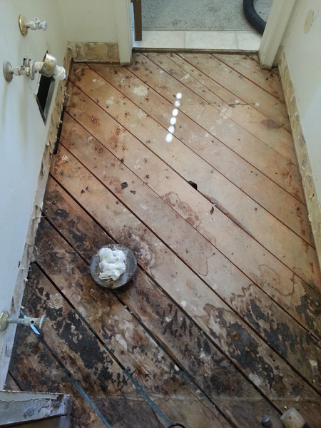 Replacing Shower Tile... Can I Reuse Cement Backing Over Wire Mesh Behind Tile?-20160220_131136.jpg