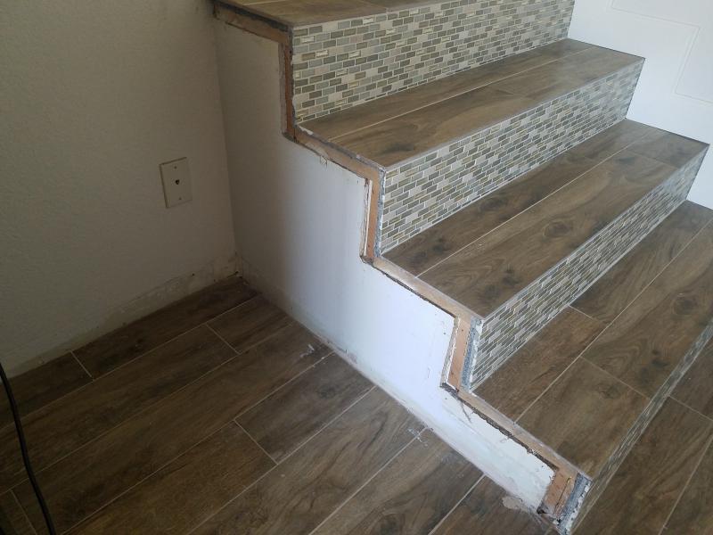 ... Baseboarding Tile Staircase 20160815_105334_1471284160415