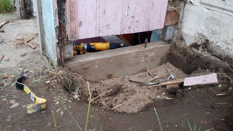 Repair walkout basement foundation at grade building for Walkout basement construction