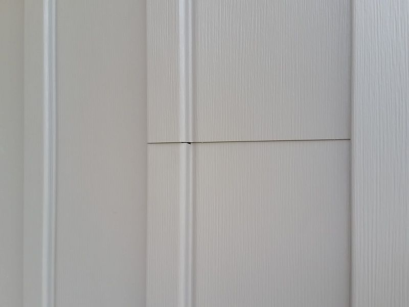 Board batten vinyl siding overlapping roofing siding for 12 inch board and batten vinyl siding