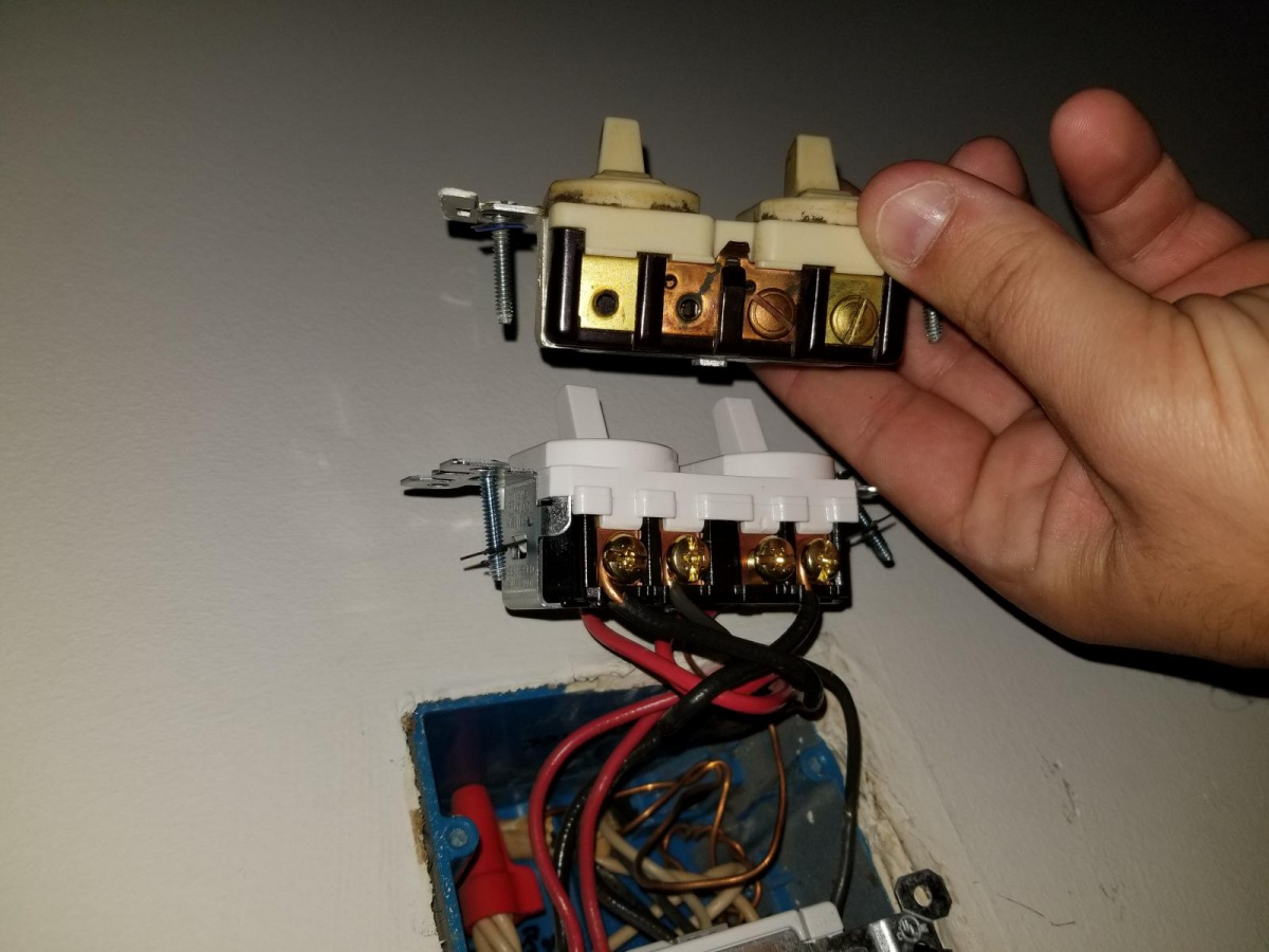 Wiring 3 Way Switch With Outlet Likewise 3 Way Switch Wiring Also 3