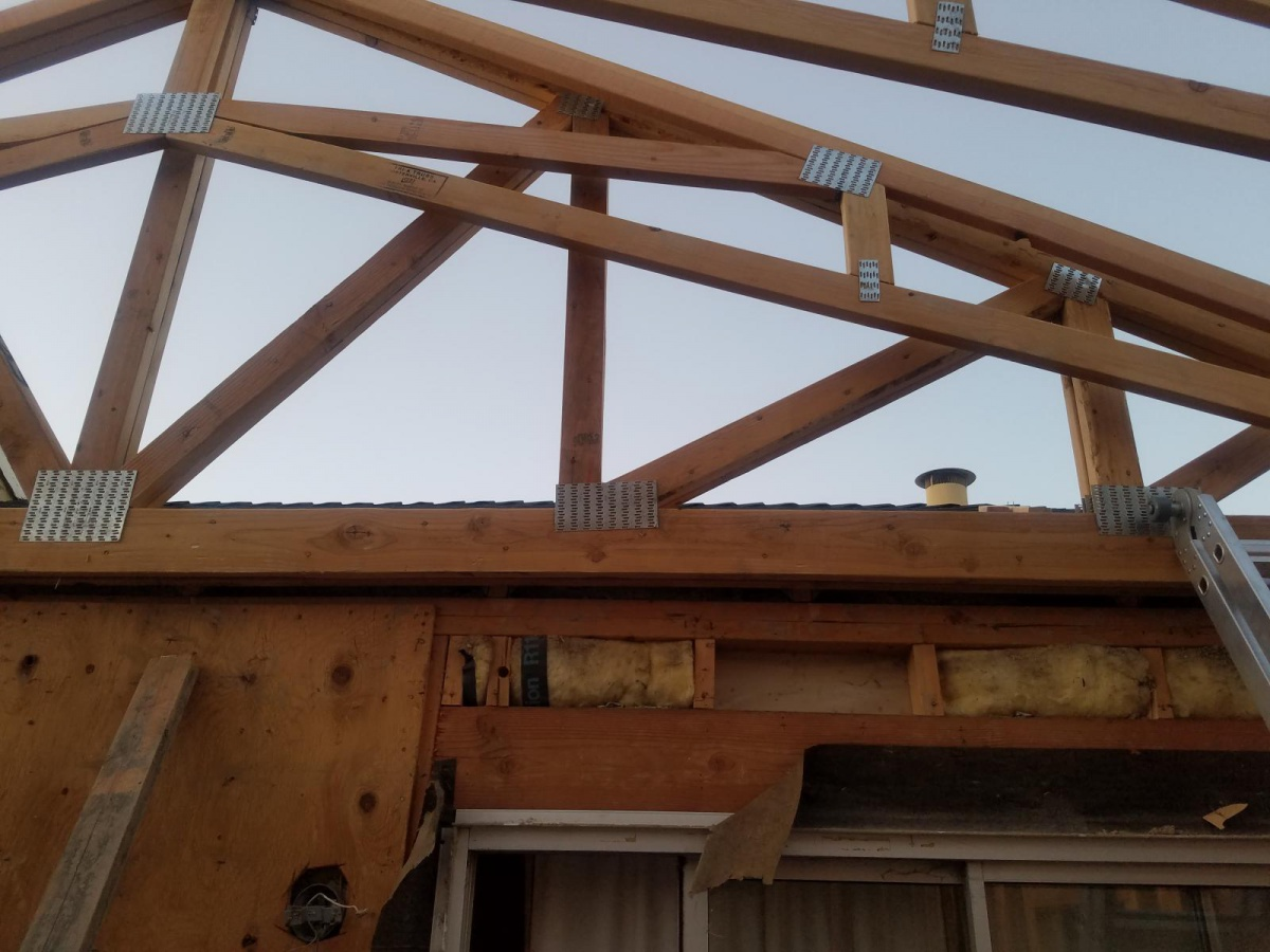 Attaching girder truss to existing roof-20170927_064732_1506521872880.jpg