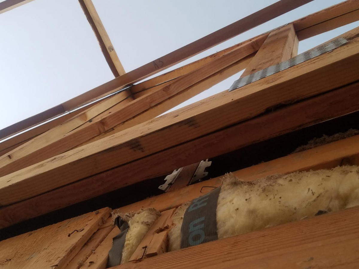 Attaching girder truss to existing roof-20170927_064801_1506521889839.jpg