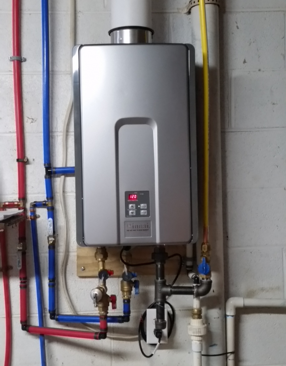New Gas Water Heater or Tankless Water Heater-20171125_171310.jpg