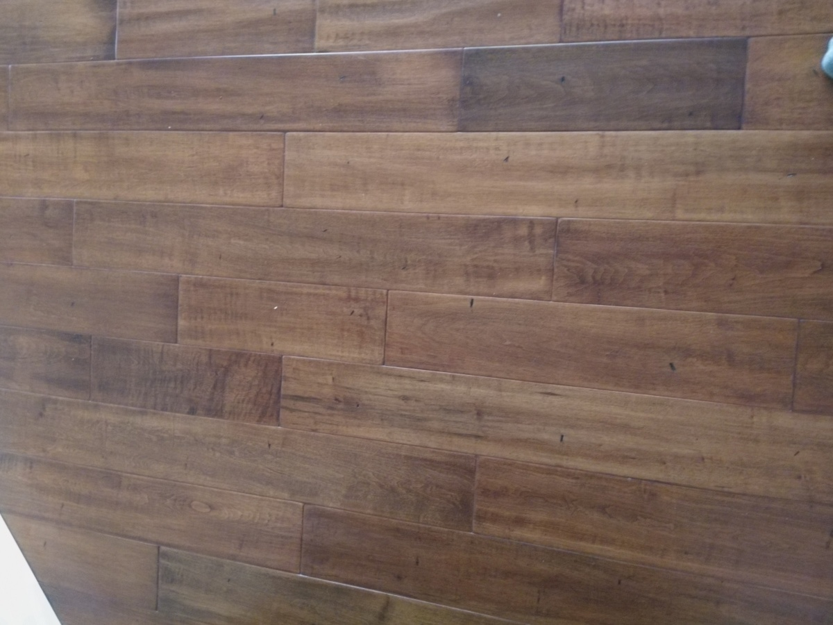 Seeking Help Identifying Hardwood Floor Type Flooring