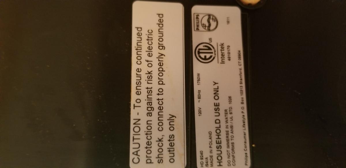 Air Fryer burnt outlet-20180813_203522.jpg