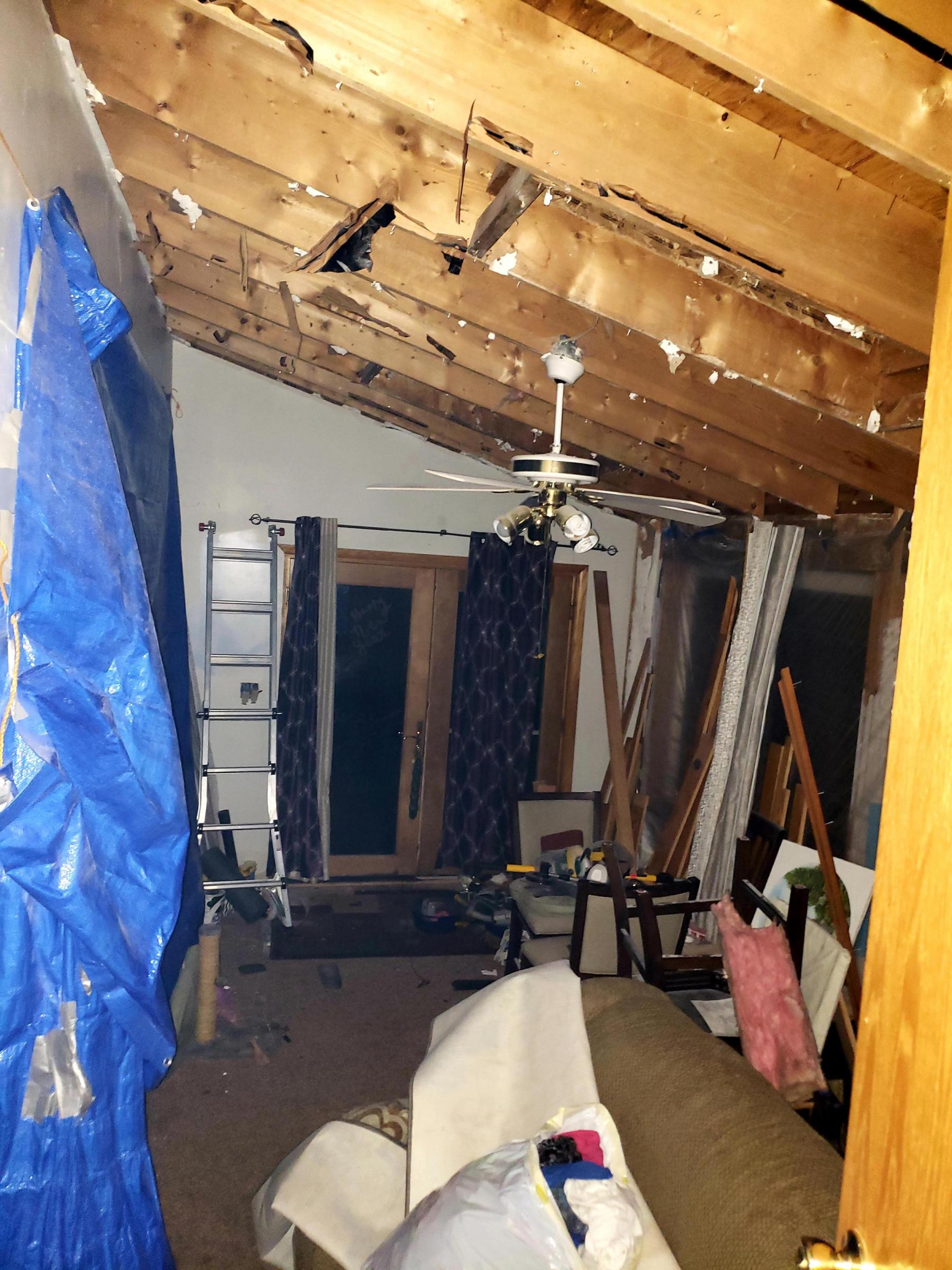 Insulation on no attic roof.-20190314_222827_1552649328994.jpg