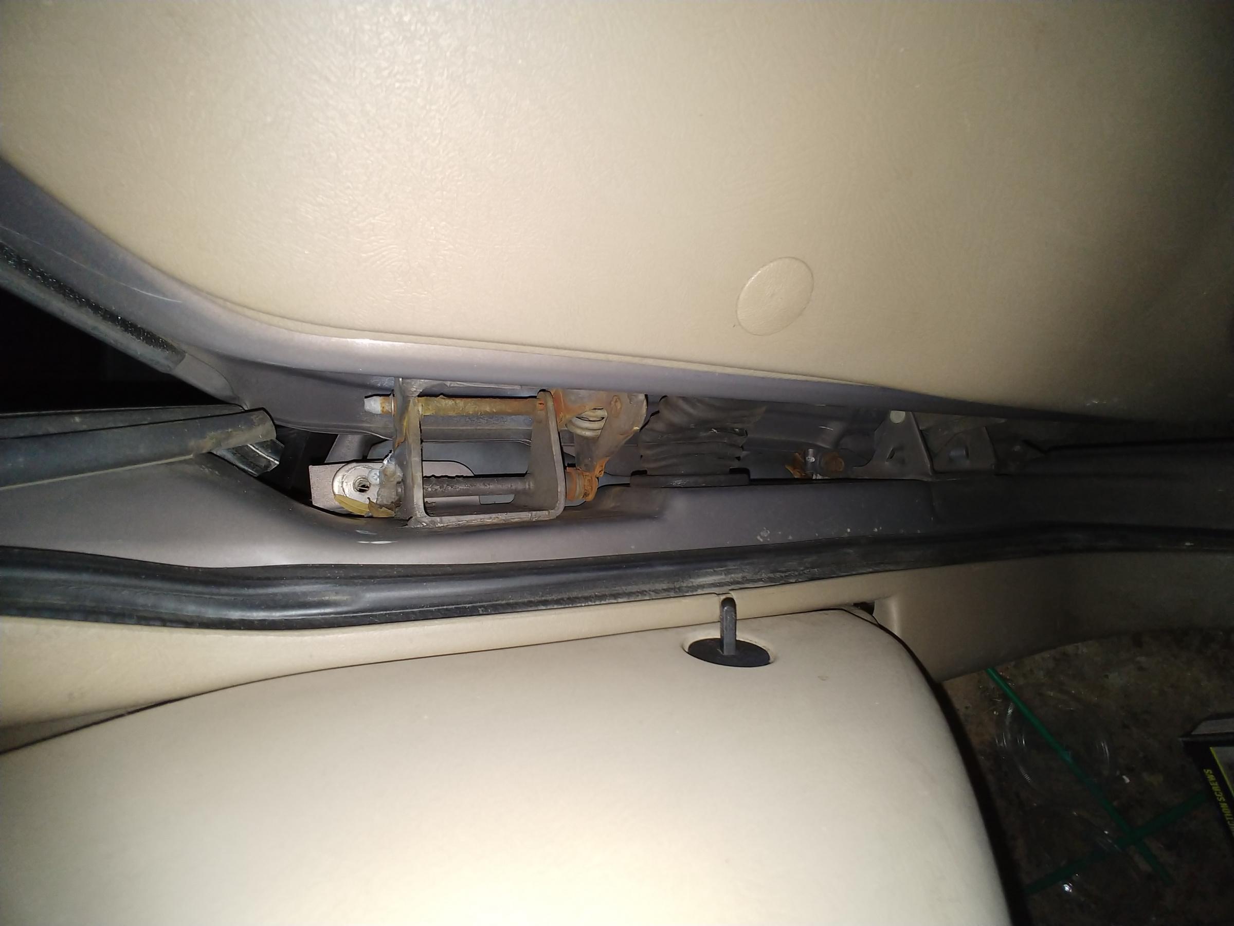 How do I fix this driver's side door?-20191015_192324.jpg