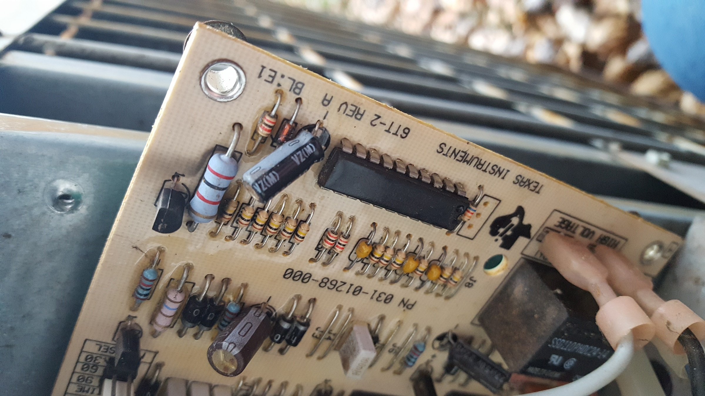York HVAC blowing 5 amp fuse. Looking for some help please-20200310_174230.jpg