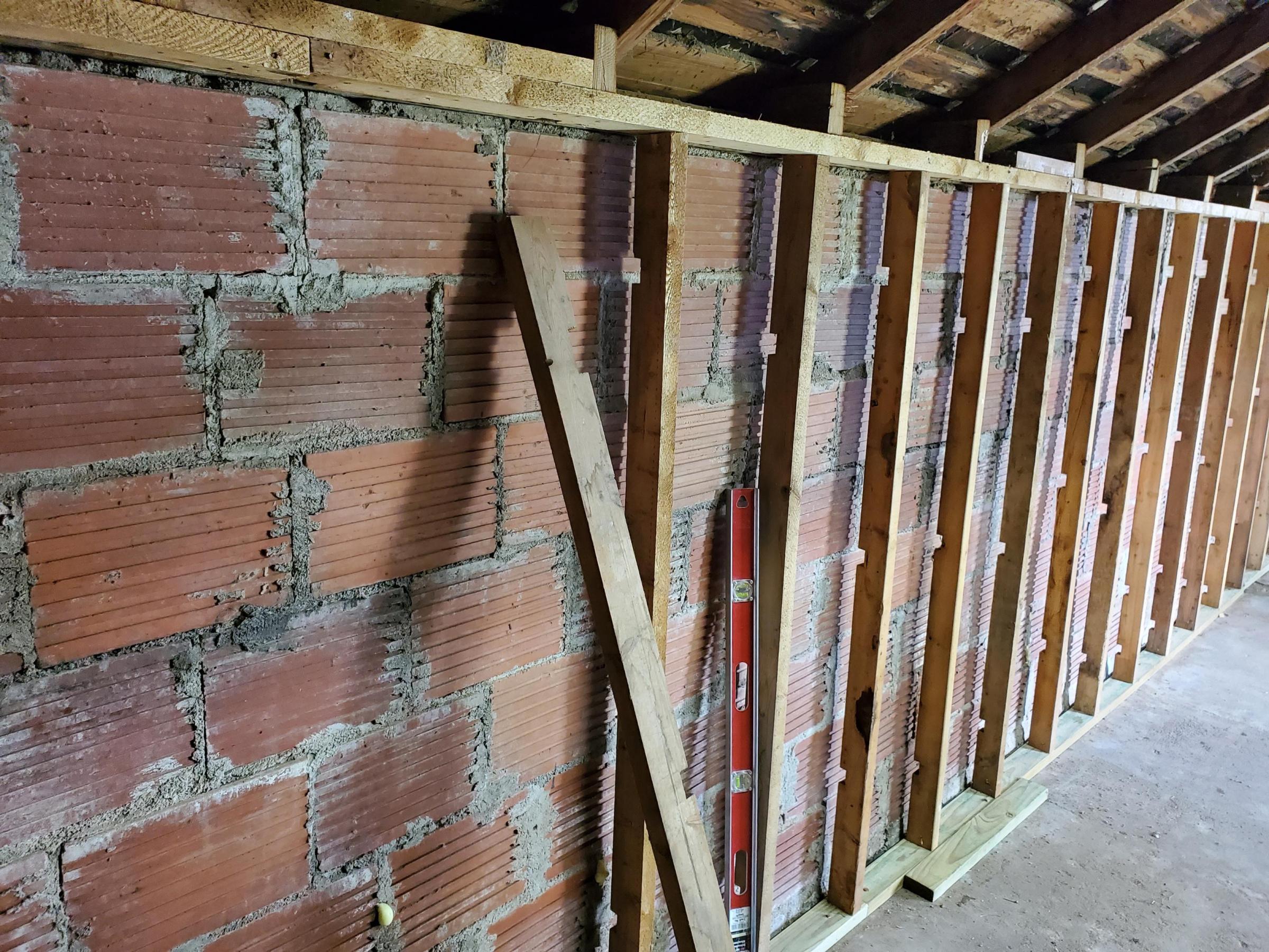 Vapor barrier on out building-20200502_151908_1588520971791.jpg