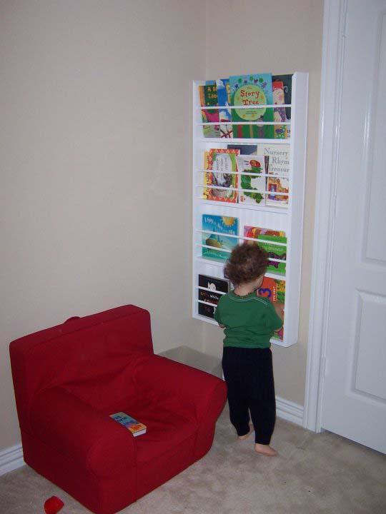 Need help hanging a bookshelf-21941_1316073534170_1000674410_30985353_5018904_n.jpg