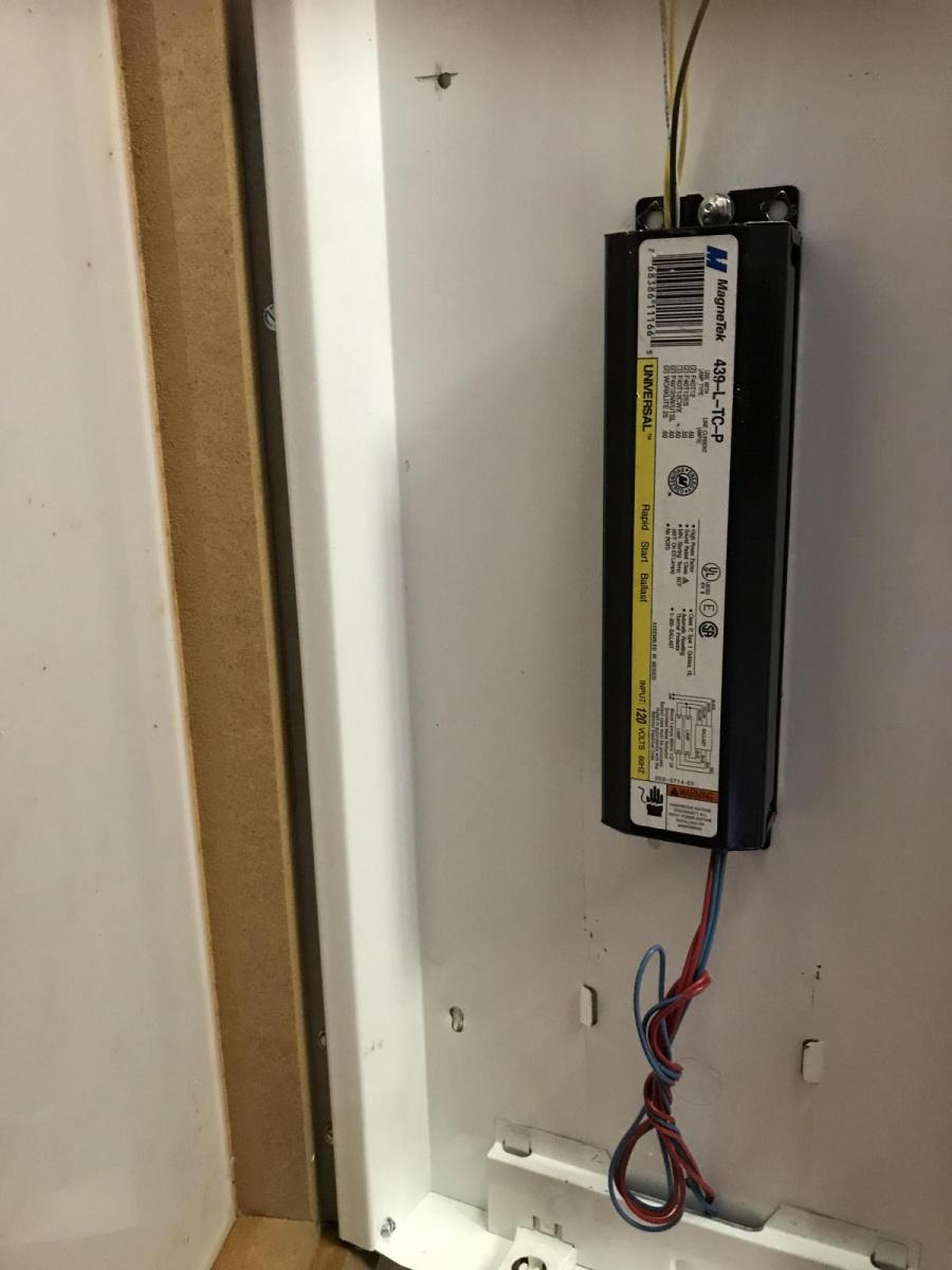 Need help replacing florescent ballast-2418706e-50f1-4fa6-be82-5f9c1ea5143c_1523389766617.jpg