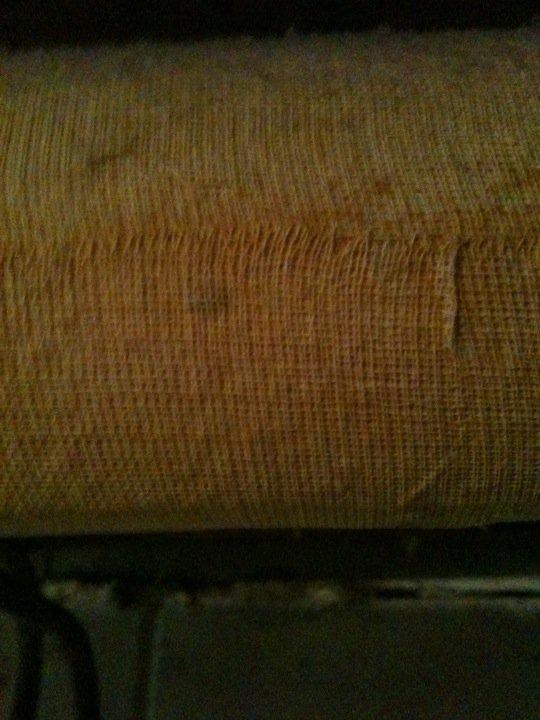 Is this asbestos?-247893_10150271148285681_642380680_9379826_1709577_n.jpg