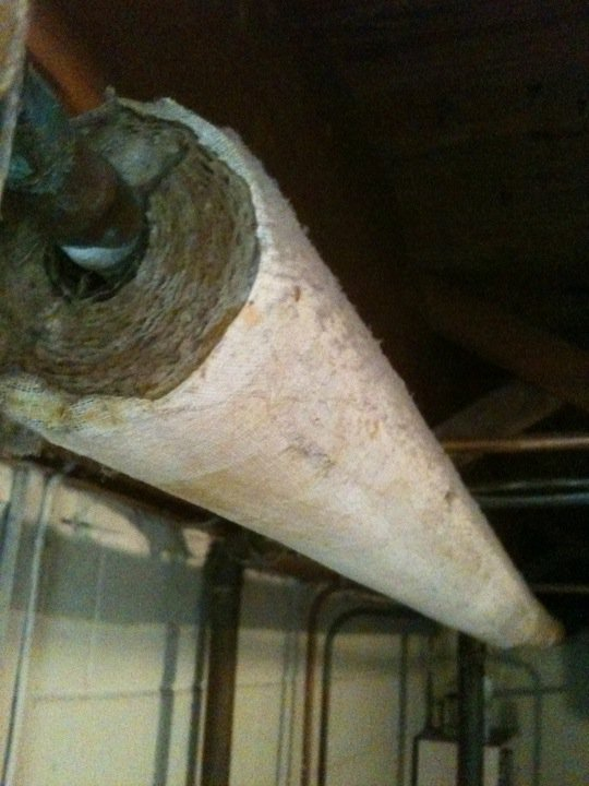 Is this asbestos?-248109_10150271148545681_642380680_9379829_596458_n.jpg