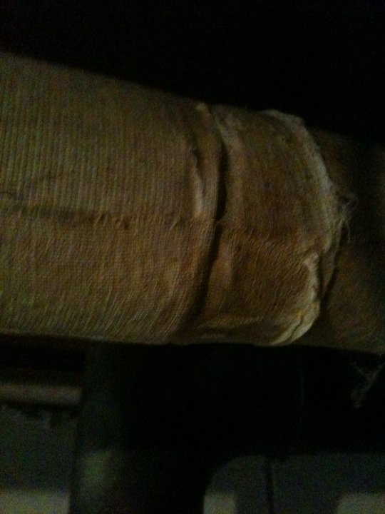 Is this asbestos?-252995_10150271149215681_642380680_9379838_8373616_n.jpg