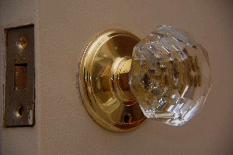 How To Remove Gainsborough Doorknob? - Carpentry - DIY Chatroom Home ...