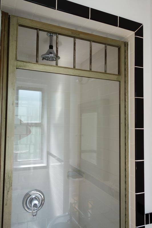 Advice for Restoring Vintage Aluminum(?) Shower Door: Caulking, Cleaning, Sealing?-3.jpg