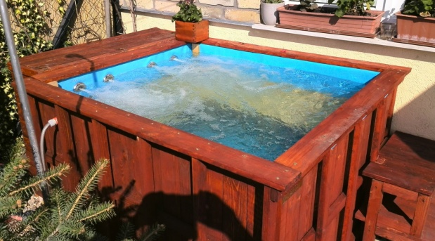 DIY Jacuzzi and HotTub-3.jpg