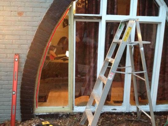 Custom window, bend or cut the curved pieces?-303628_506128126264_324300020_38379_1587902409_n.jpg