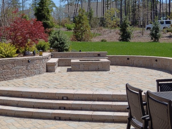 2 foot high cinder retaining wall, foundation needed?-3241_90765951531_619161531_2468582_5888801_n.jpg