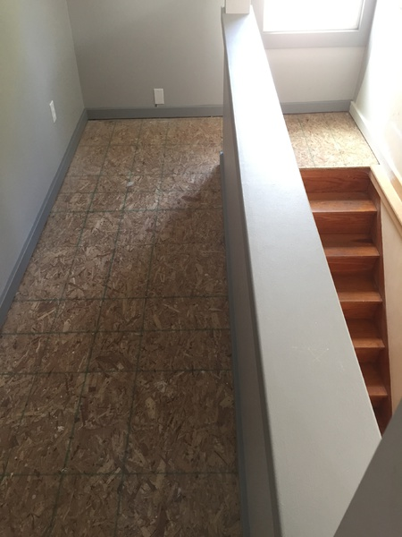 Best Way To Lay Carpet In This Room Or What Kind Of Flooring Flooring Diy Chatroom Home