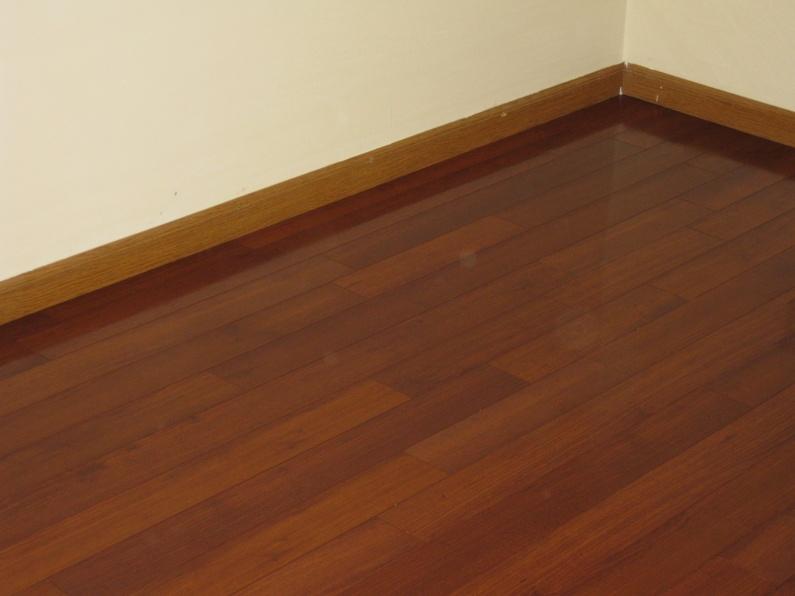 New Flooring on entire 1st floor.-40.jpg