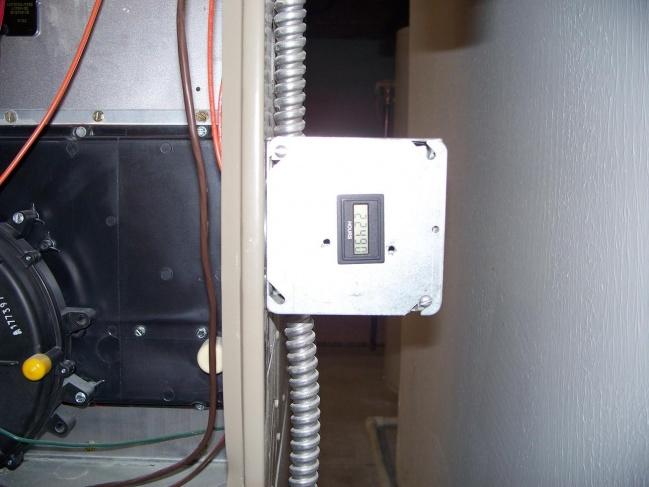 Maintenance: Hour Meter On Gas Valve-44.jpg