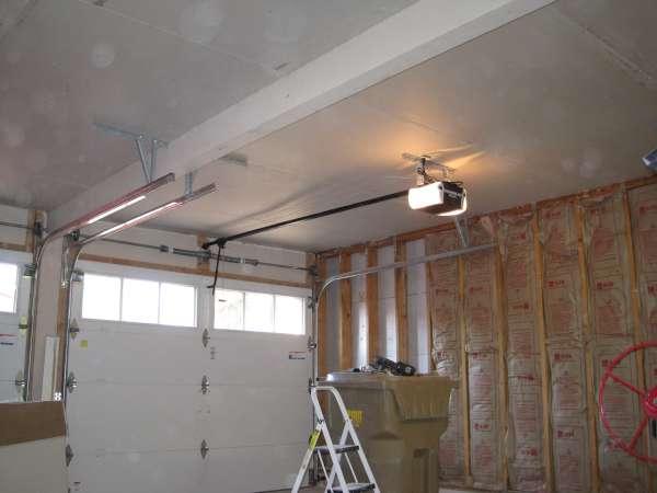 Garage Door Opener Mount Loose In Ceiling General Diy