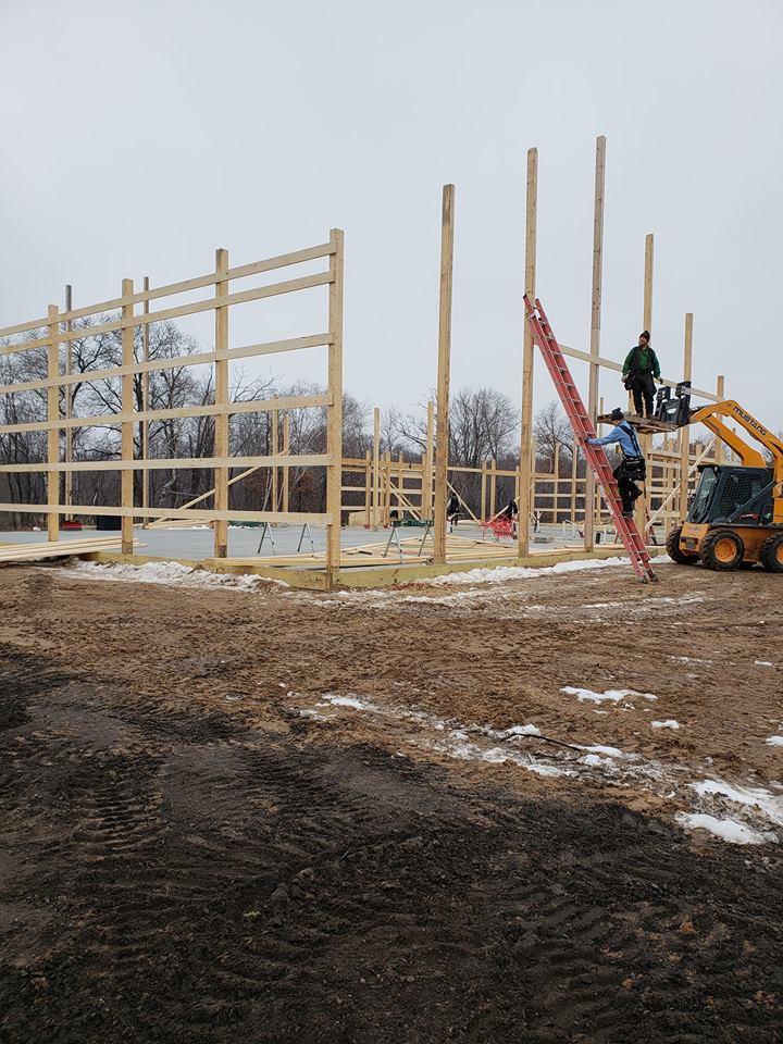 Our DIY home build. Margaskeeterville-48397043_10214491497774779_800985295892774912_n.jpg