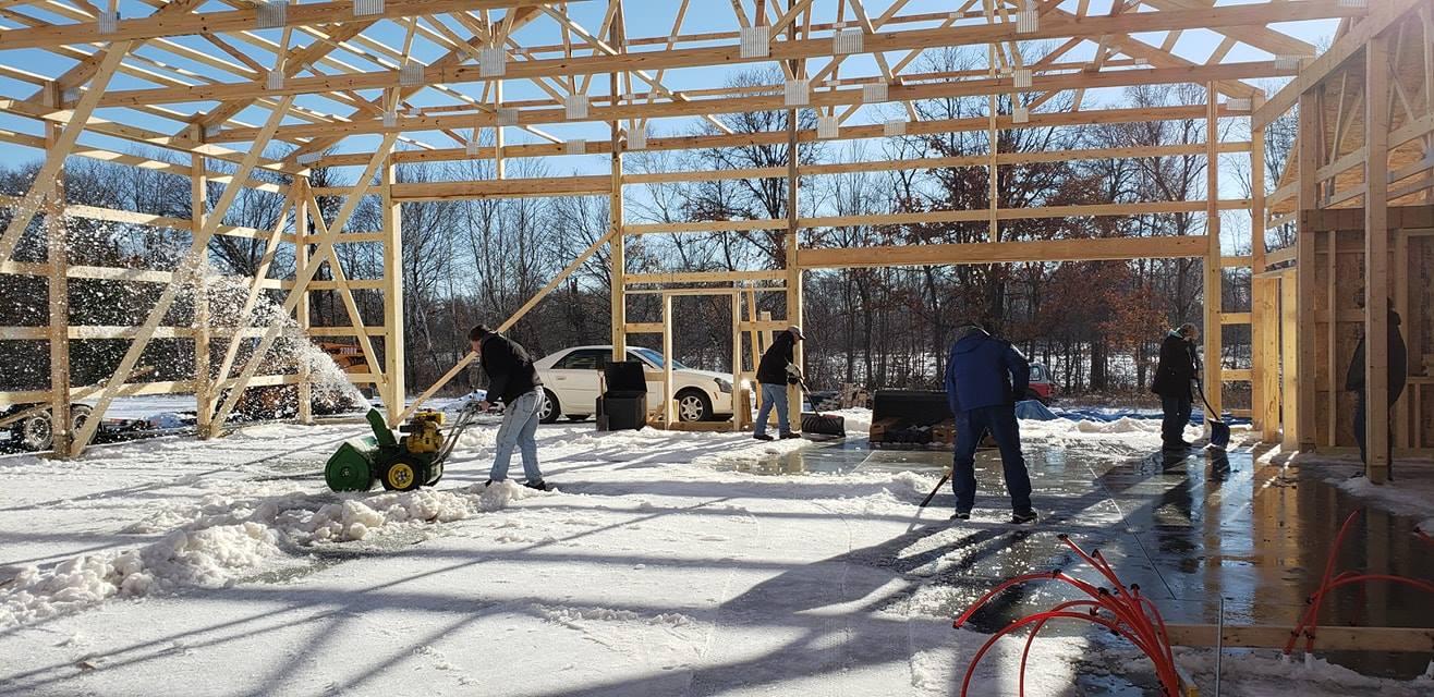 Our DIY home build. Margaskeeterville-49716171_10214576731265563_6901817083789574144_o.jpg