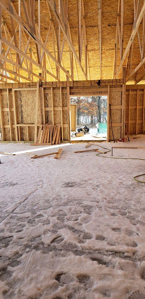 Our DIY home build. Margaskeeterville-49998239_10214576730185536_7424383839138480128_n.jpg
