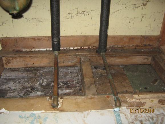 Water leaking through copper pipe.-49a-kit-pl-2010-5.jpg