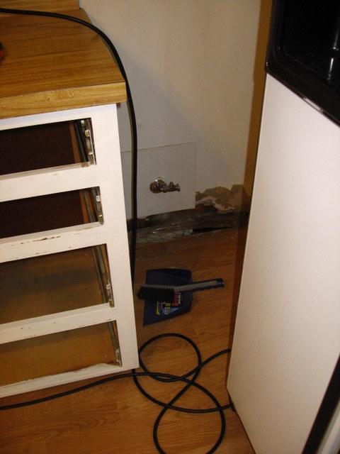 Unintended kitchen remodel-4img_3235.jpg
