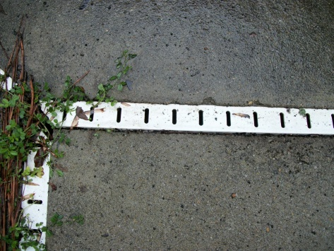 Swimming pool drainage strips - How to clean?-5-20-11a-015.jpg