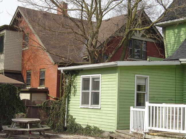 Cedar shake house-6.jpg