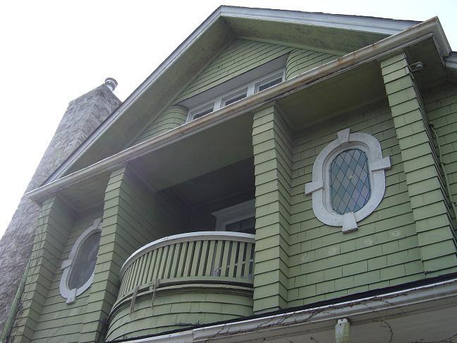Cedar shake house-8.jpg