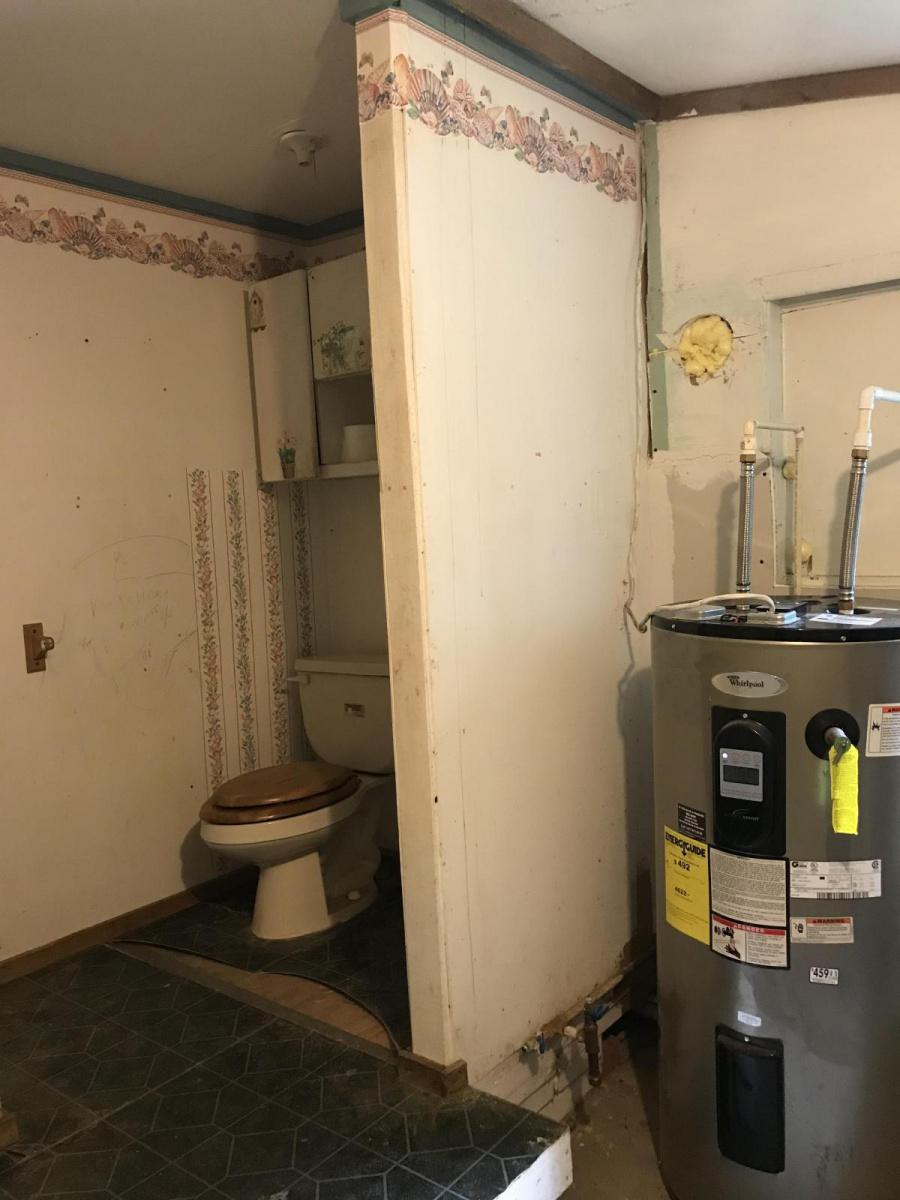 Bathroom/laundry disaster-99bffa7a-9d35-471d-8a00-186a74b3dabb_1506334963027.jpg
