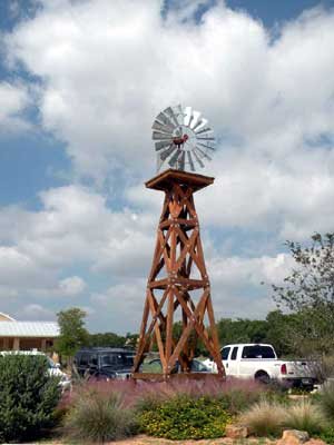 Name:  A windmill tower.jpg Views: 844 Size:  15.9 KB