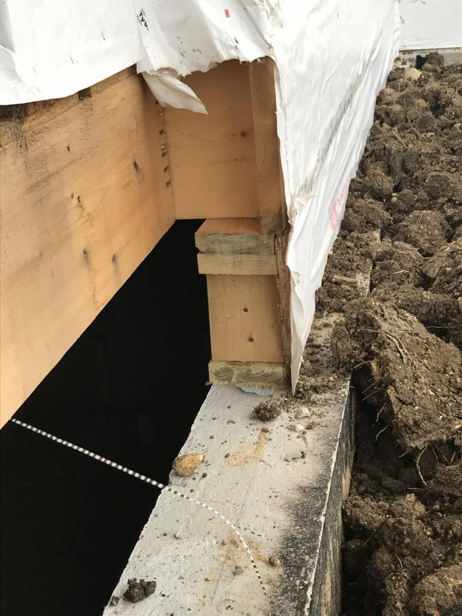 Foundation and support under front entry-aba17022-612f-4c13-9ecd-c907c70912ce_1509105410571.jpg
