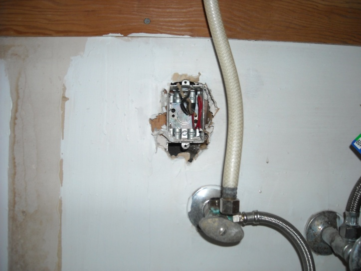 disposal switch from existing outlet-april-2009-026.jpg