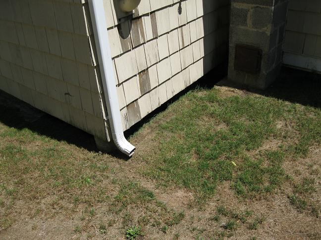 """Curb"" under Pier Addition-area-under-laundry-room-001.jpg"