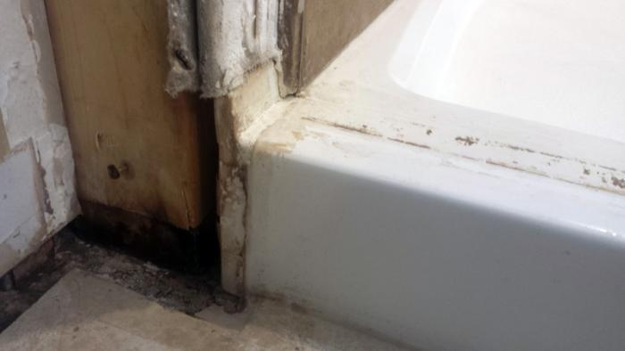 How to remove shower pan?-attachment-6_1452470721679.jpg