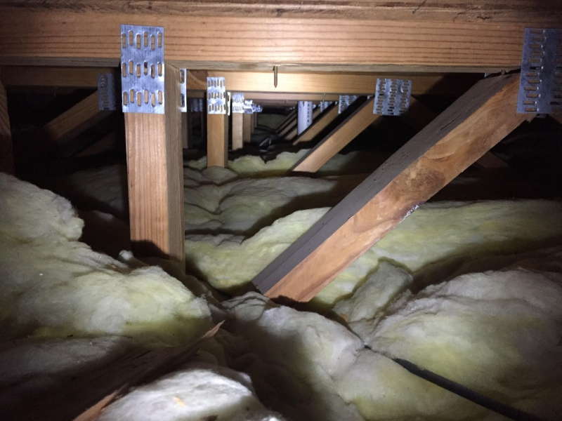 Insulating between 1st story and 2nd story.-attic1.jpg