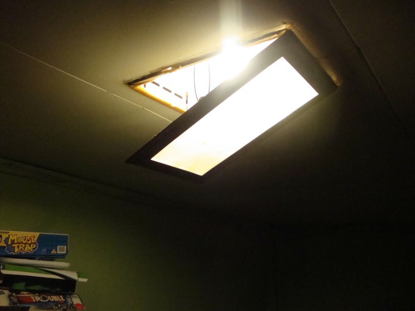 recessed lighting help-august11-035.jpg