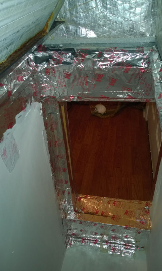 Does UV damage coils? or infrastructure?-bad-ac-mold-box-work-small-30-.jpg