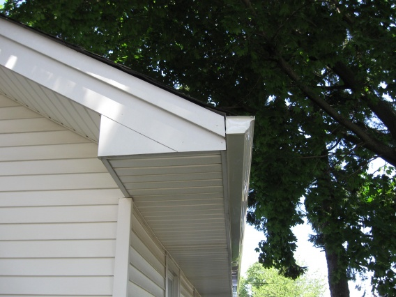 Drip Edge Gaps-bad-south-east.jpg