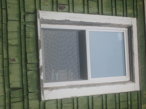 put fascia on old windows-bad-window.jpg